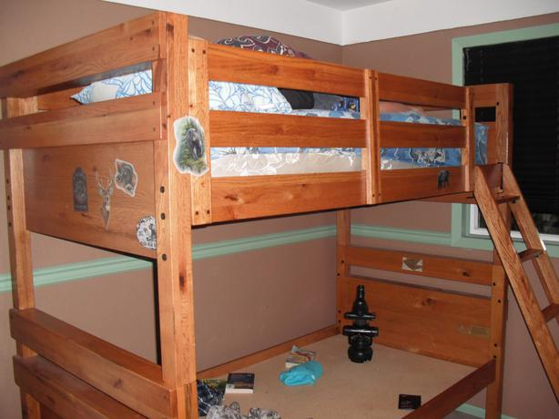 Childrens Solid Wood Bunkbeds