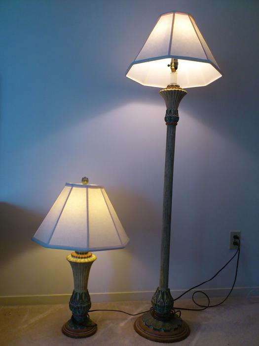 pair of matching floor and table tropical lamps reduced price saanich. Black Bedroom Furniture Sets. Home Design Ideas