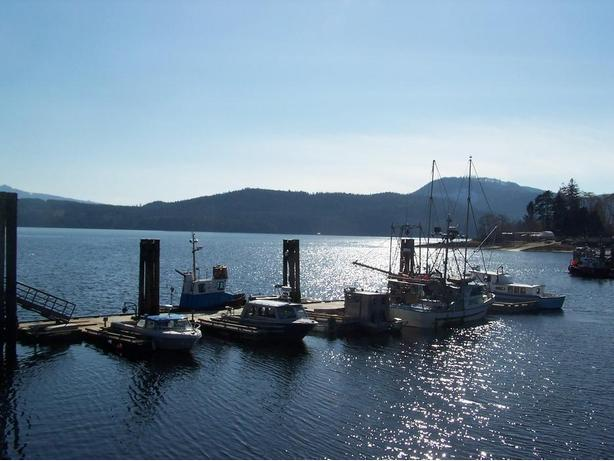 Twoceans Furnished Apartments Port Hardy