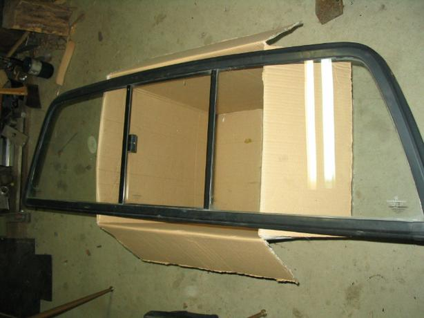 1987-1996 Dodge Dakota Sliding rear window