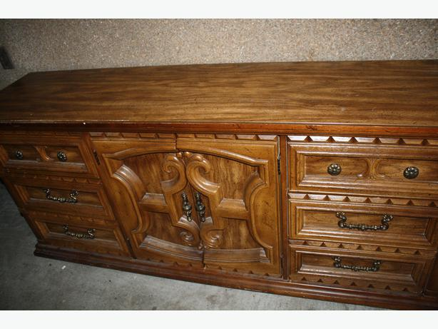 Sell Antique Furniture Montreal