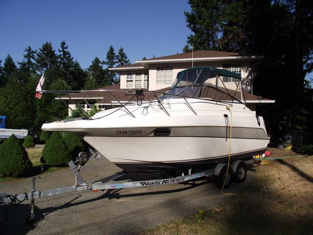 1994 Maxum 2400 Sun Cruiser   new trailer