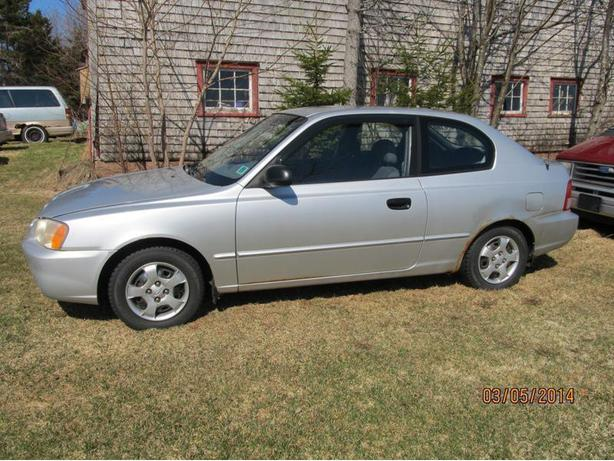 Three Hyundai Accent 2 Doors