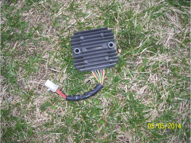 HOnda GL1100 Goldwing 1100 rectifier regulator voltage regulator