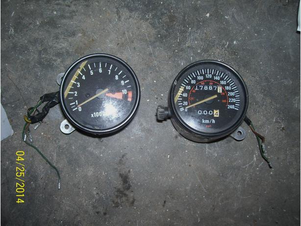 Honda Magna 750 V45 Magna speedo tach speedometer tachometer