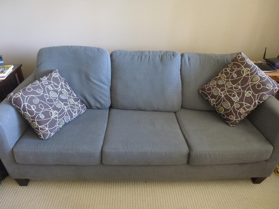 Queen Hide a bed Sofa Bed Malahat including Shawnigan