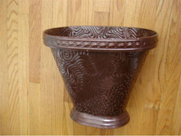 "Cool 10"" Tall Embossed Metal Vase NEW Great for Gift Basket!!!"