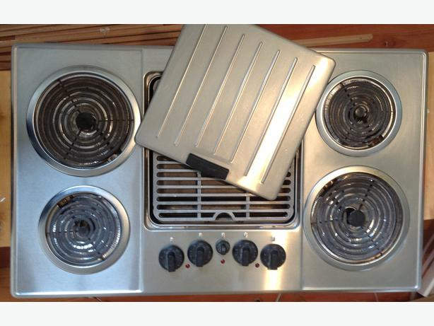 Thermador Gas Cooktop With Downdraft: Very Nice Downdraft Thermador Electric Cooktop Central