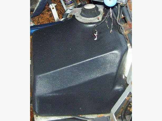 Polaris Indy 400 440 500 600 650 Sport gas tank