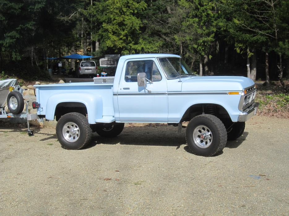 1977 Ford F150 4x4 Short Box Stepside Campbell River
