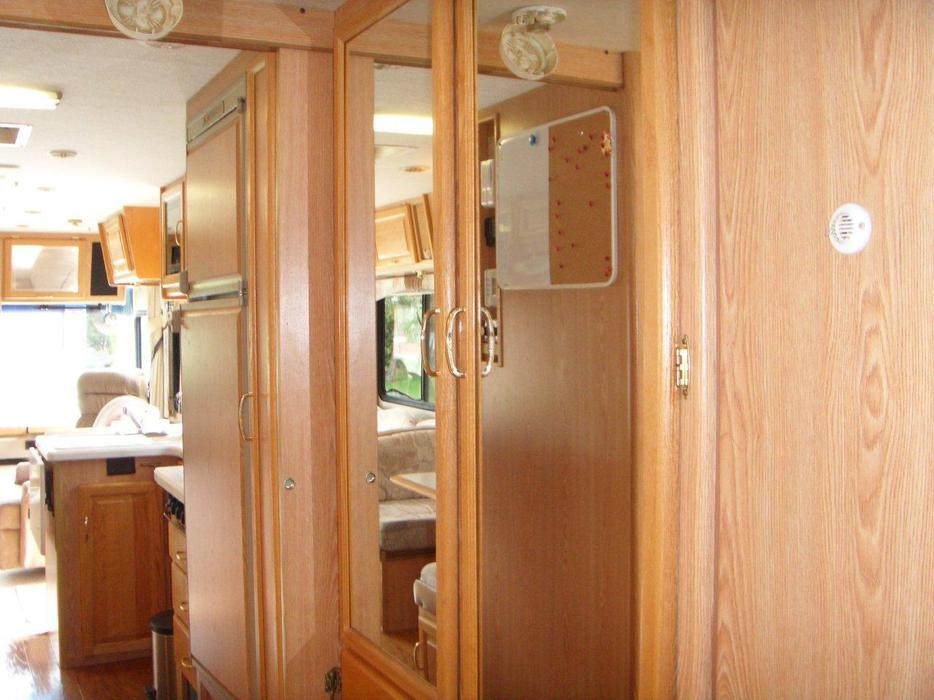 1997 Dolphin Motorhome By National Rv Model 534g Wide