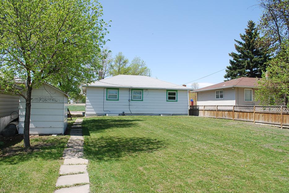 Solid 3 bedroom bungalow in glen elm park reduced for 100 taunton terrace oshawa
