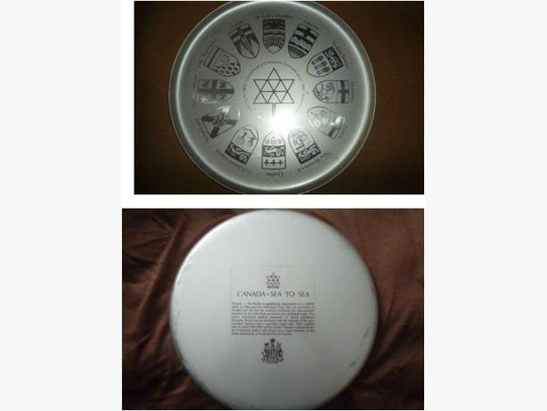 1867 - 1967 Centennial of Canadian Federation serving tray