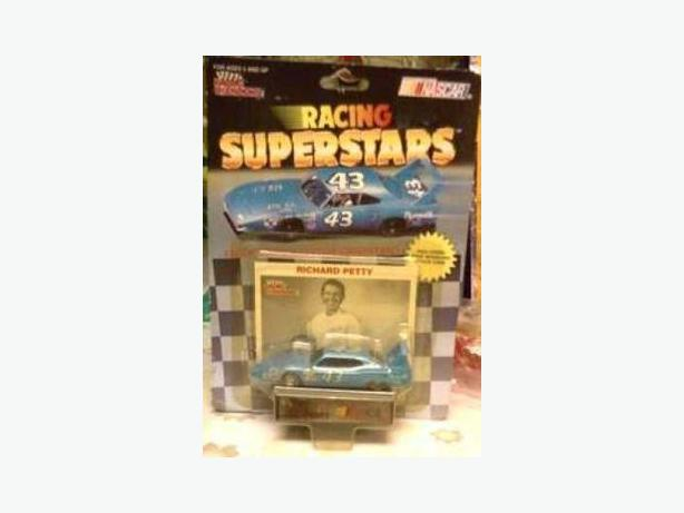 Richard Petty model car & card
