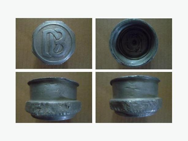 1920's Dodge Brothers grease hub dust cap