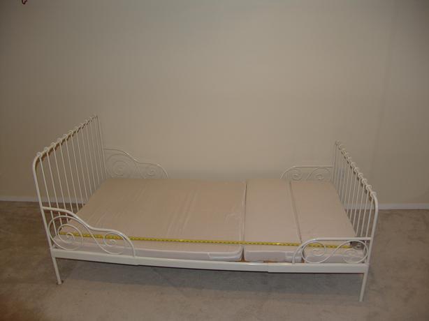 ikea extendable bed minnen with extendable mattress kanata ottawa. Black Bedroom Furniture Sets. Home Design Ideas
