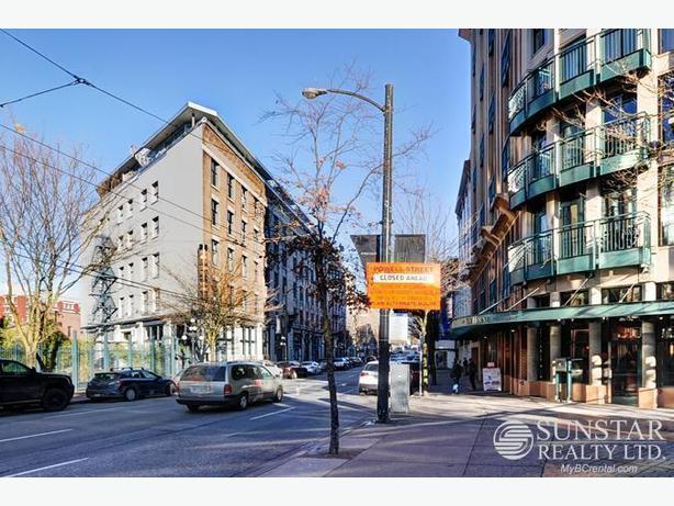 Gastown Modern Furnished PH Loft w/ Rooftop Deck @ Koret Lofts (609)