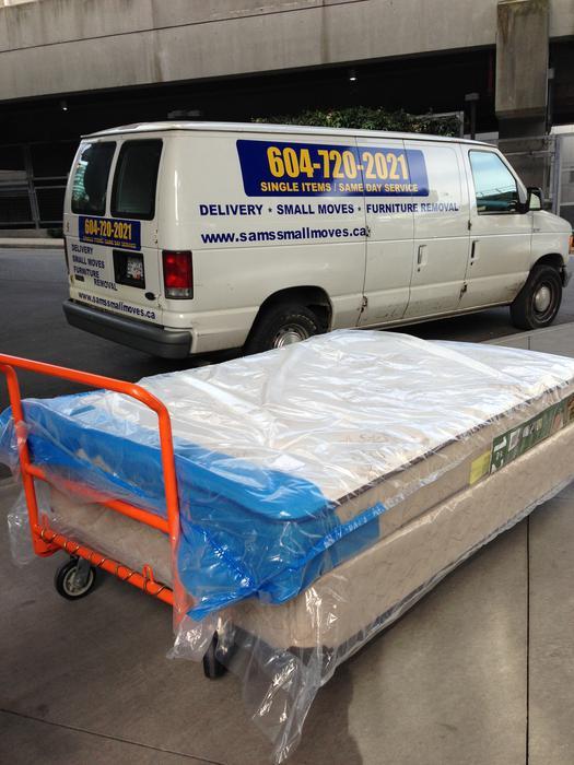 Mattress Amp Boxspring Pickup Removal Disposal Vancouver