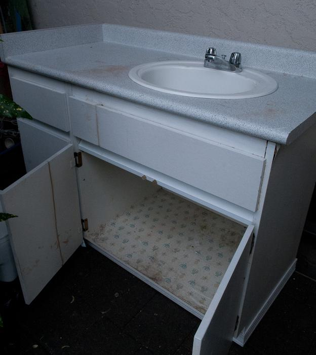 Free Bathroom Vanity Saanich Victoria