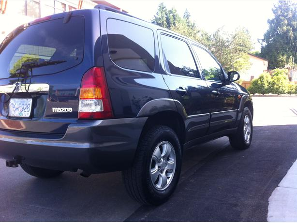 2004 mazda tribute 4x4 lx west shore langford colwood. Black Bedroom Furniture Sets. Home Design Ideas