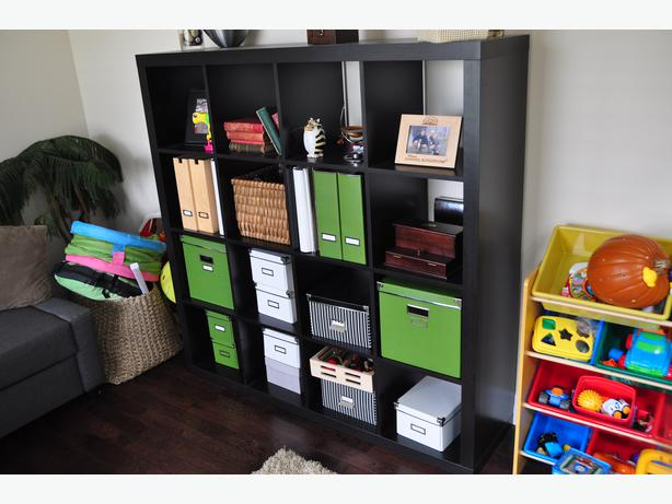 ikea expedit 4x4 storage unit book shelf bins not included esquimalt view royal victoria. Black Bedroom Furniture Sets. Home Design Ideas