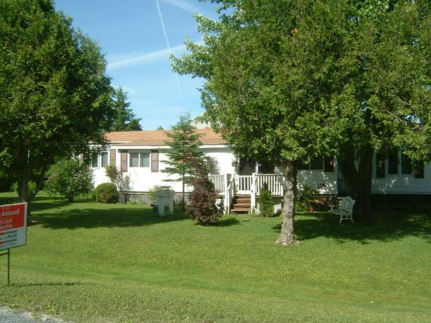 moble home on leased land alexandria ont outside montreal