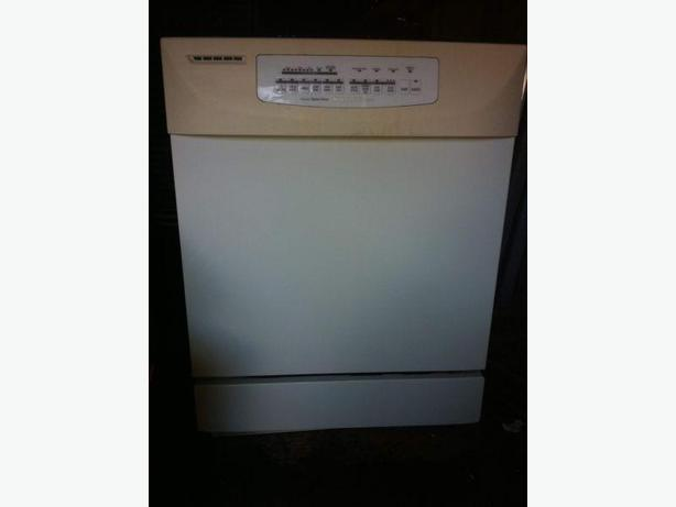 White Kitchenaid Dishwasher With Stainless Steel Interior Central Ottawa Inside Greenbelt Ottawa