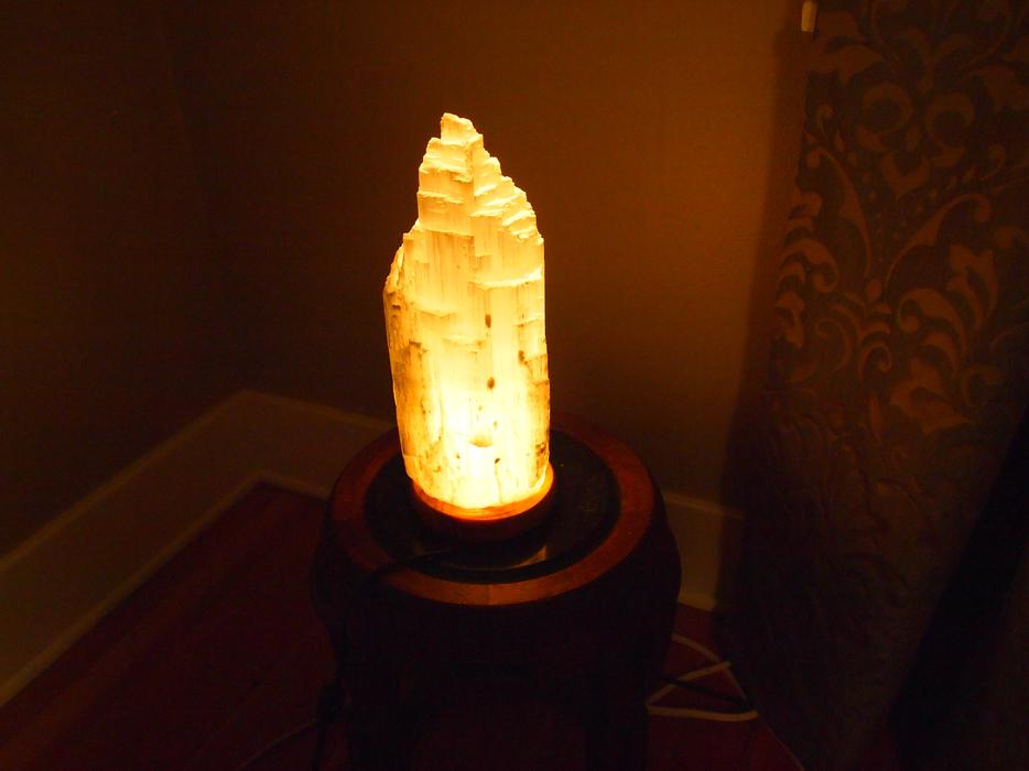 Selenite Lamp Duncan, Cowichan