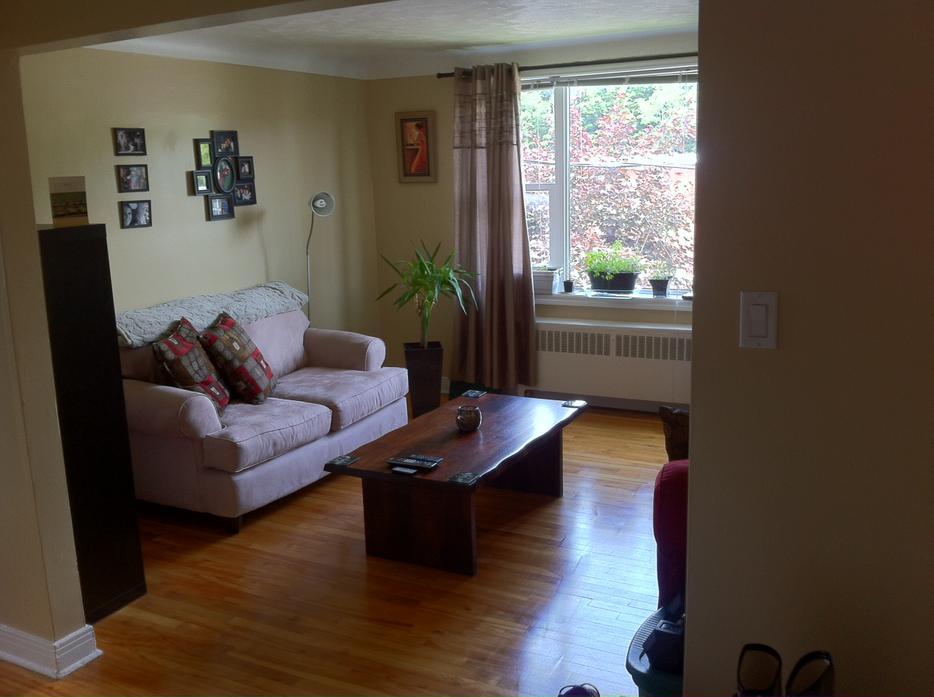 Great One Bedroom Central Ottawa Inside Greenbelt
