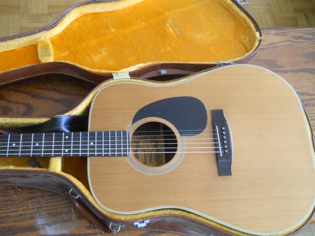 yamaki ay333 acoustic guitar w case central ottawa inside greenbelt ottawa. Black Bedroom Furniture Sets. Home Design Ideas