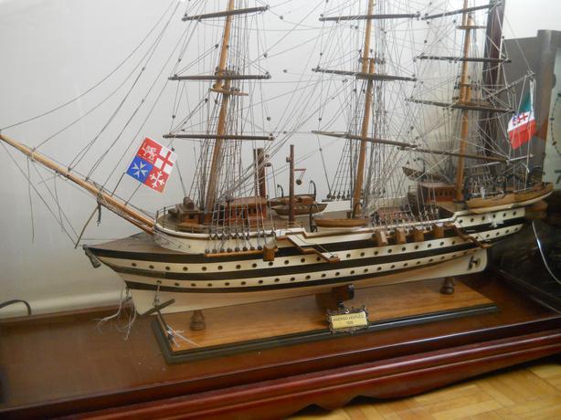 "40"" Wooden Model Sailing Ship w/ Display Case & 3 Ships"
