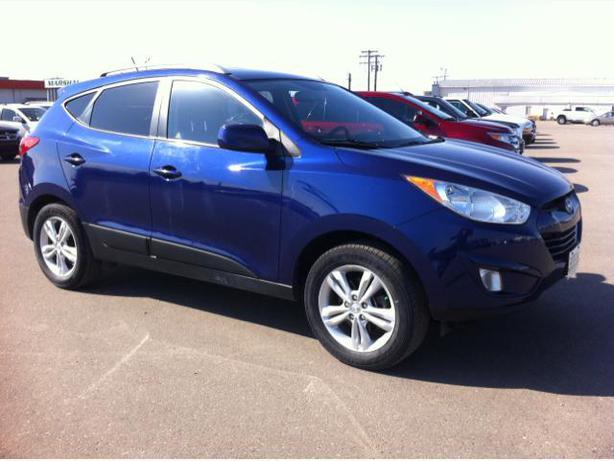 2010 Hyundai Tucson Gls All Wheel Drive Outside South