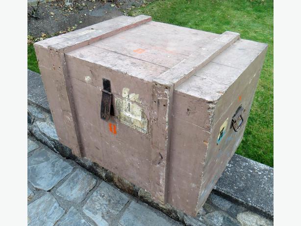 Potential re purposed furniture crate 8 oak bay victoria for Re storage crate