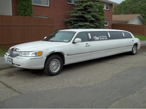 Just 4 Fun Limo Service in Weyburn and areas.