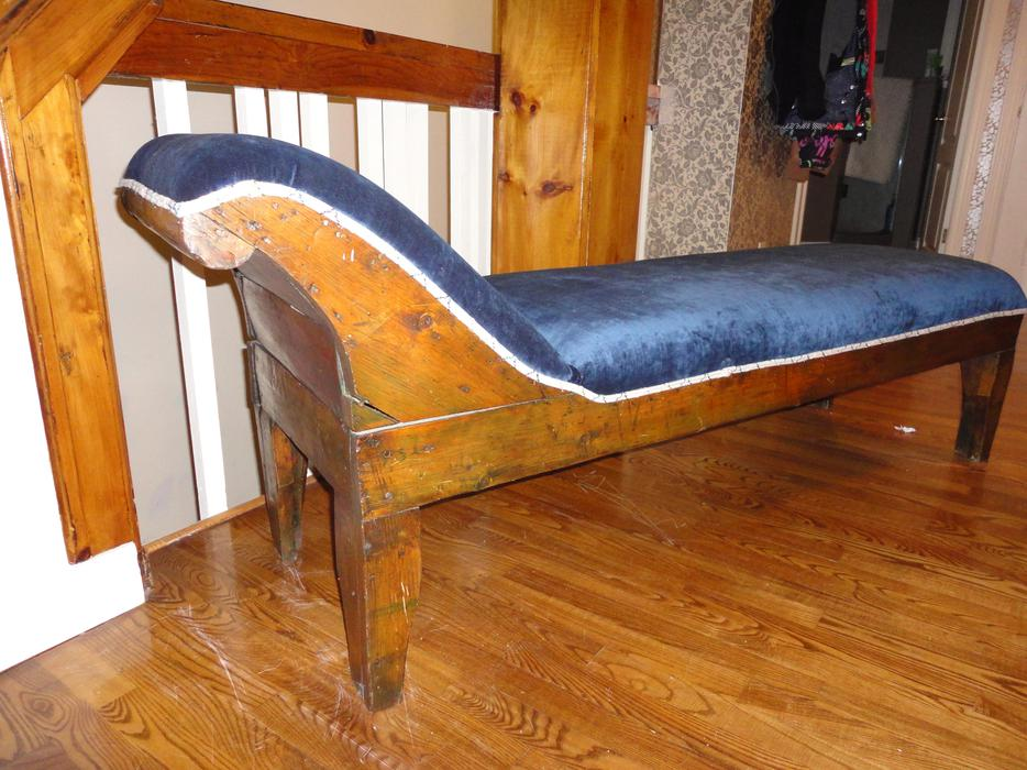 Antique pine chaise longue gatineau sector quebec ottawa mobile - Chaise longue montreal ...