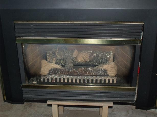 Majestic Vermont Casting gas fireplace insert - Majestic Vermont Casting Gas Fireplace Insert Alberton, PEI