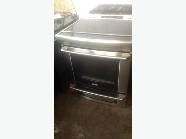 Flat Top Stove ~ Electrolux slide in flat top range west shore langford