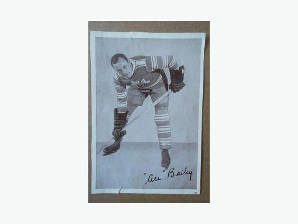 1930's Crown Brand hockey photo - Ace Bailey