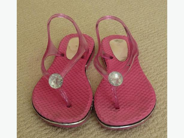 girls sandals size 4