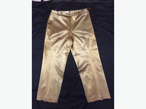 "Ladies GAP ""Cropped Stretch"" Metallic Gold Capri Pants ..."