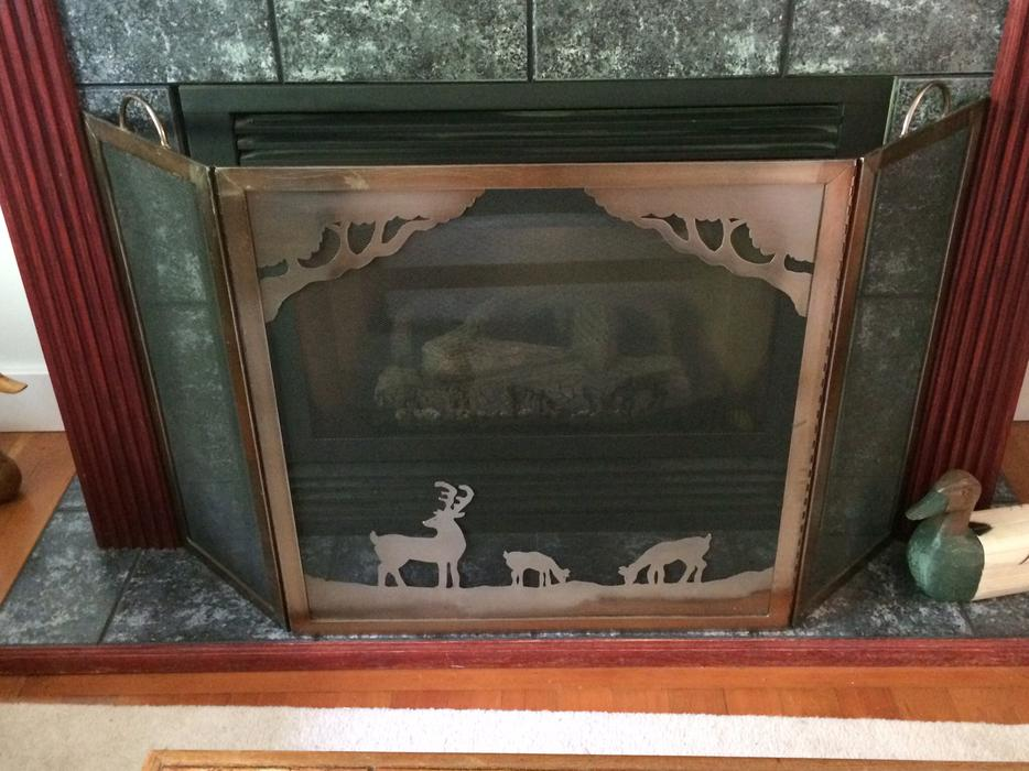 Deer fireplace screen uniflame deluxe 3 panel black for Interior designs red deer