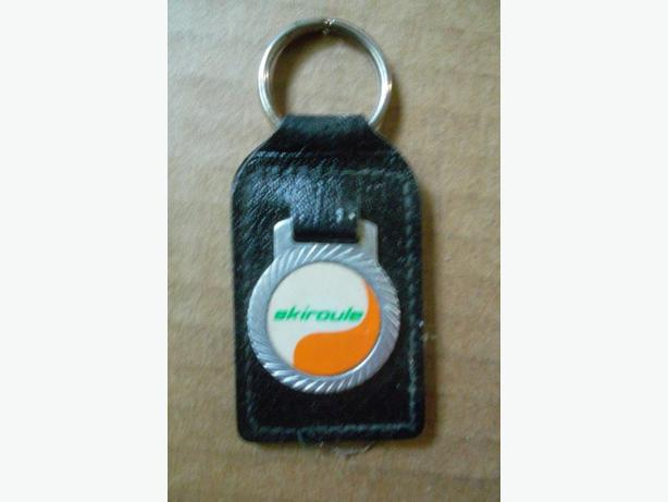 Skiroule snowmobile key fob