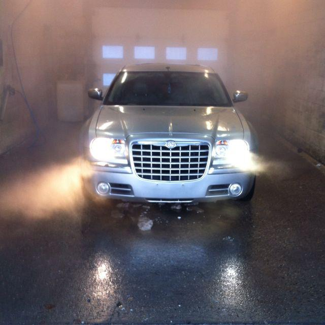 hemi 2005 chrysler 300c north regina regina mobile. Black Bedroom Furniture Sets. Home Design Ideas