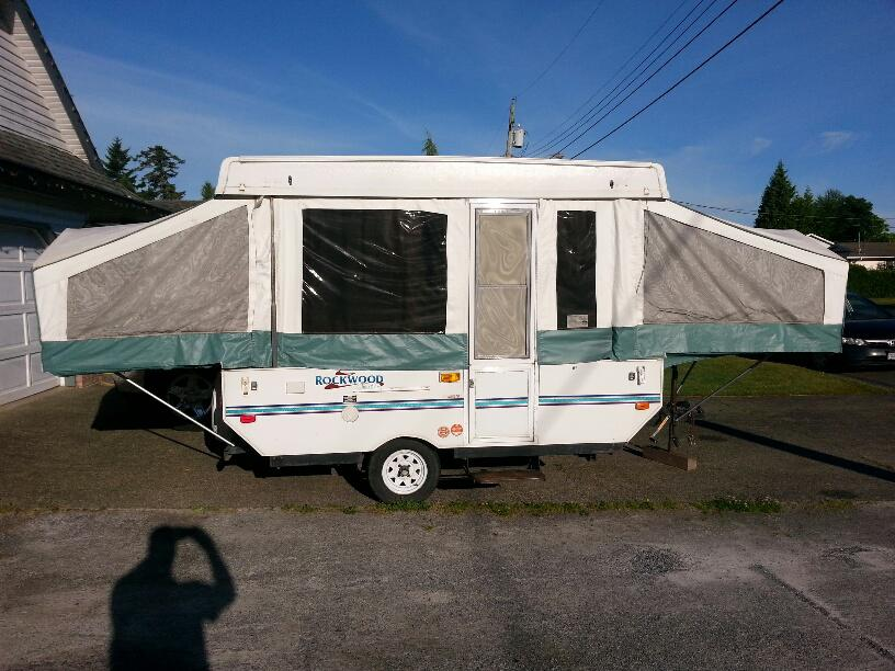 2001 Hard Top Rockwood Tent Trailer Outside Cowichan