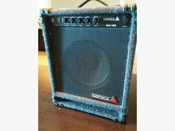 Samick Bass Amp Samick 15w Bass Amp