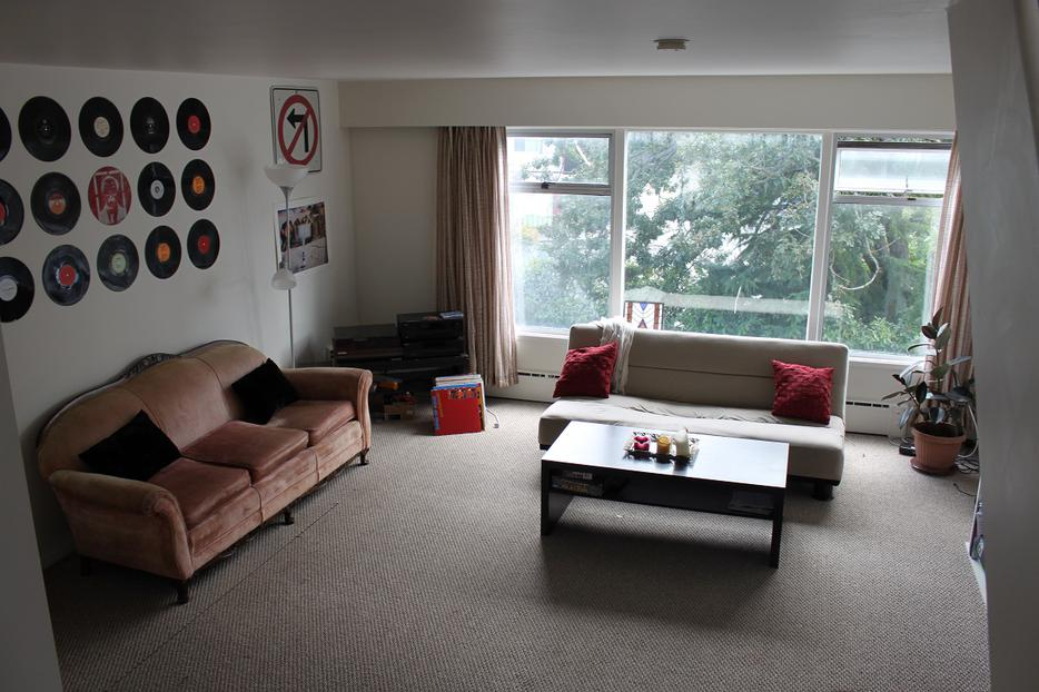 2 Bedroom Apartment With Den On 2 Floors Victoria City
