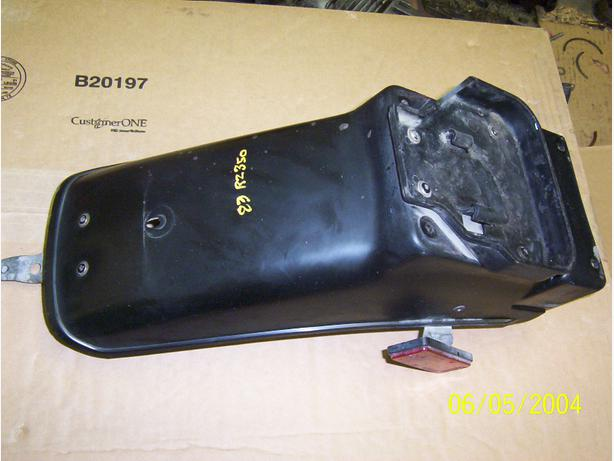 Yamaha RZ350 rear fender