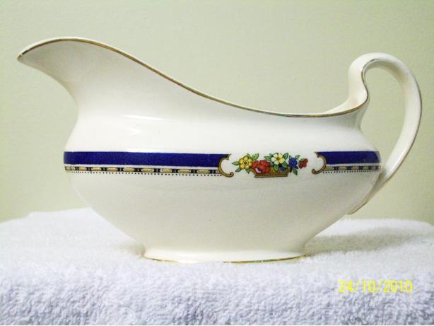 ANTIQUE JOHNSON BROS. GRAVY BOAT