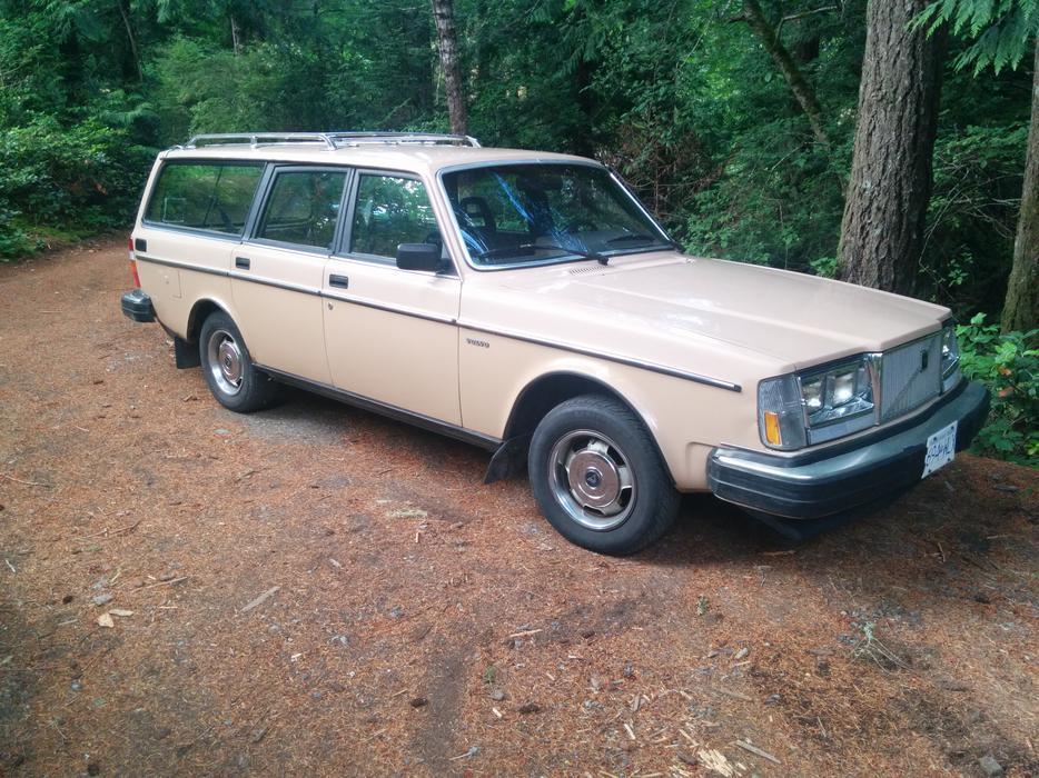 1985 Volvo 240 Wagon W Standard Trans Sooke Victoria