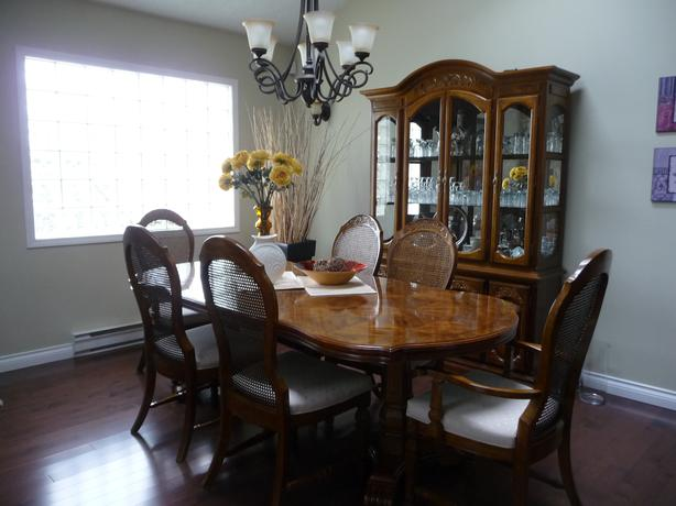 Buffet And Hutch Plus Dining Room Table And Chairs OBO Victoria City Victoria